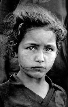 Los ojos más tristes Fotógrafo Sebastiao Salgado