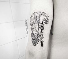 Chamelion tattoo by Nouvelle Rita