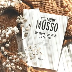 Der neue Roman von Guillaume Musso ist mystisch, geheimnisvoll und richtig spannend. Eine große Leseempfehlung!!!  #Booklovin #GuillaumeMusso #Bookstagram #Rezension -- Coverrecht: ©PiperVerlag Novels To Read, Books To Read, Book Photography, Bookstagram, Aesthetic Wallpapers, Book Lovers, Roots, Book Stuff, Reading
