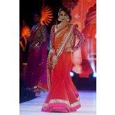 malaika-arora-khan-red-saree-at-walked-the-ramp-iifa-collection