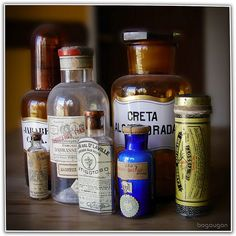 Antiguos vasos de farmacia