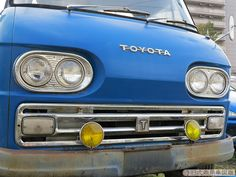 Toyota Dyna, Ac Cobra, Japanese Cars, Camper Van, Classic Cars, Vehicles, Face, Vintage, Style