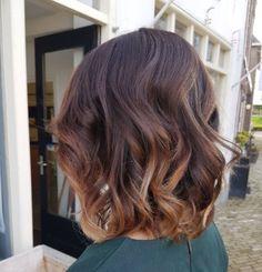 Meilleures Idées de Cheveux Mi-longs Spécial Saint Valentin | Coiffure simple et facile