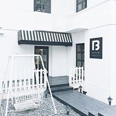 Boufé (Boutique & Café)