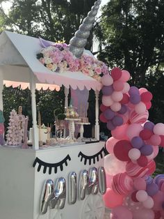 Unicorn Birthday Party Ideas | Photo 2 of 15