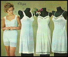 Pupuleipomo: Kodin kuvasto 1960 Time Images, Teenage Years, Old Toys, Nostalgia, Old Things, Memories, Summer Dresses, Retro, Vintage