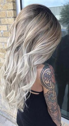 Whoever this is her hair!!!!!