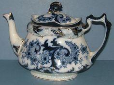 Sublime 1903 Edwardian Art Nouveau Burgess & Leigh Venice Pattern Flow Blue / Blue and White Teapot - Middleport Pottery.