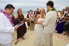 Google Image Result for http://4.bp.blogspot.com/_0PJZ0JawVXs/SgoLddB689I/AAAAAAAAAvw/KsW8U6aYD2U/s1600/lanikai-beach-wedding4.jpg