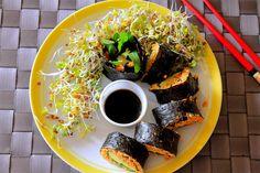 """Auch Maria beglückt uns diese Woche mit vielen tollen Fotos, u.a. von Rohkostsushi mit Möhren-""""Reis"""", dazu frische Alfalfa-Sprossen. http://the-vegan-way.blogspot.de/2013/07/vegan-wednesday-49.html"""
