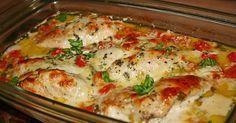 Zutaten 4 Hühnerbrust - Filet Salz und Pfeffer 1 EL Öl 250 g Cocktailtomaten 1/2 Topf Basilikum 200 g Sahne 100 g Sahne...
