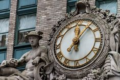 Helmsley-Clock-as-shot - Helmsley Building Clock | Images and Notes | James Howe Photography