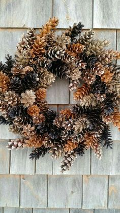 Pinecone crafts With Lights - Rustic Maine Pinecone Wreath Coffee and Caramel Pine Cone Art, Pine Cone Crafts, Wreath Crafts, Diy Wreath, Pine Cones, Pine Cone Wreath, Acorn Wreath, Wreath Fall, Wreath Ideas