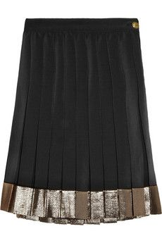 Idea for lengthening clothes  pleated silk skirt with metallic finish #GUCCI