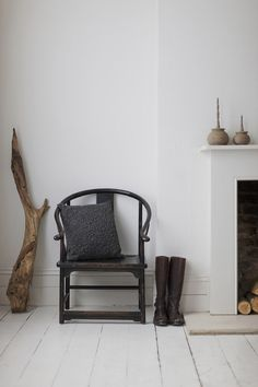Chinese armchair by Trunk