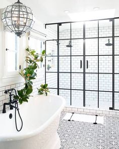 8,411 отметок «Нравится», 174 комментариев — domino (@dominomag) в Instagram: «Four outdated bathrooms get much-needed 2016 makeovers (and they're all in the same house)! See…»