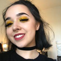 smile yellow eyeshadow makeup beauty