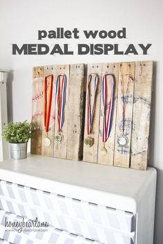 Pallet Sports Medal Display