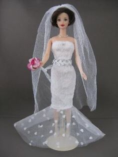 Floridian Wedding. Zelfgemaakte Barbie kleding te koop via Marktplaats bij de advertenties van Nala fashion. Homemade Barbie doll clothes for sale through Marktplaats.nl