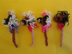 Rainbow Loom Hobby Horse and Pony Charm tutorial by Lovely Ladybird Designs..