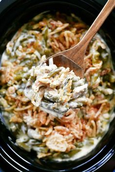 Slow Cooker Green Bean Casserole - The Gunny Sack Slow Cooker Green Bean Casserole is the EASIEST way to make this classic side dish. Plus, cooking green bean casserole in a crockpot frees up oven space! Slow Cooked Meals, Crock Pot Slow Cooker, Crock Pot Cooking, Slow Cooker Recipes, Slow Cooker Turkey, Cooking Turkey, Roast Recipes, Crockpot Meals, Pizza Sandwich