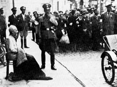 Shoah - The Holocaust - The March to the Umschlagplatz