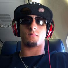 Colin Kaepernick - Airplane flow (June 27, 2012)