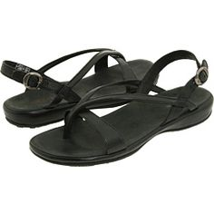 Keen Emerald City 3 Point Sandal - the perfect black sandal!