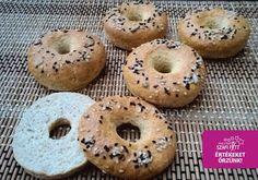 Szénhidrátszegény paleo bagel (gluténmentes, tejmentes, élesztőmentes és zsírszegény)