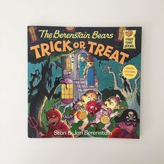 The Berenstein Bears Trick or Treat  #readthelibrary #spookystories #halloweenbooks #halloweenbooksforkids #read #theberensteinbears #trickortreat