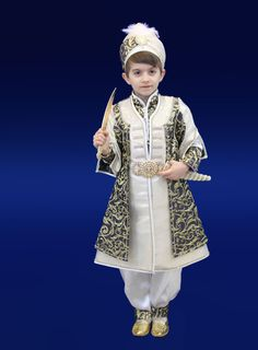Sünnet-kıyafeti-Şehzade-Elmalı-1.jpg (600×814)