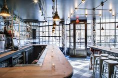Hogshead Tavern has the chops to entice craft beer fans north to Harlem's Hamilton Heights... http://www.we-heart.com/2015/03/09/hogshead-harlem-new-york-tavern/