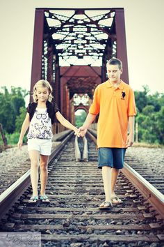 Amazing Grace Photography - Sibling/Brother/Sister/Railroad track pictures