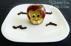 Marshmallow Pumpkin Patch, Dracula Apple and Mummy Pot Pie · Edible Crafts | CraftGossip.com