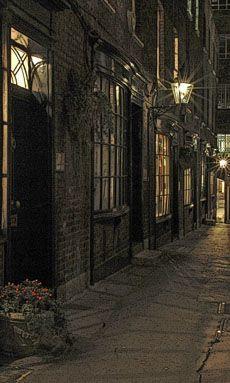 late night walk in London