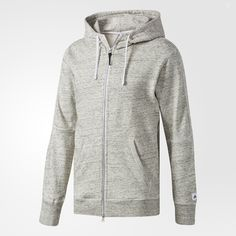 An essential for the athletic lifestyle, this men's hoodie was designed in collaboration with Reigning Champ. It's made of high-quality French terry fabric and features carefully considered details like kangaroo pockets and ribbed cuffs and hem.