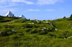Piani di Artavaggio, Moggio LC - Rifugio Nicola #artavaggio #lecco #mountain #nature #green #sky #clouds #blue #italia #landscape #panorama #paesaggio #rifugio #nicola