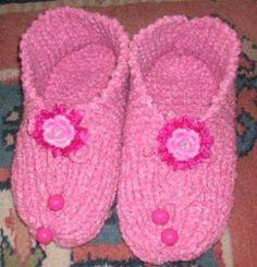 Pretty in Pink Slippers | AllFreeKnitting.com