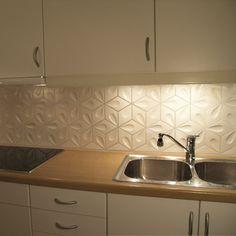 Sparkly Kitchen Splashback Dream Home Pinterest Stove Splashback Tiles And Tile