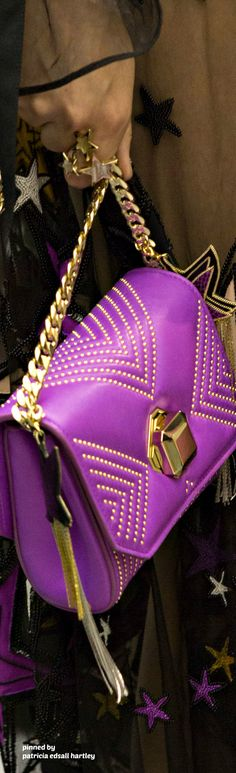 Elie Saab 2017 Fashion Handbags, Tote Handbags, Purses And Handbags, Handbag Accessories, Fashion Accessories, Shades Of Violet, Best Purses, Mode Chic, Beautiful Bags