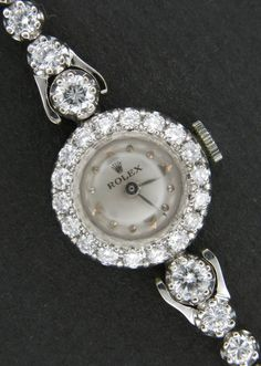Rolex Watches Collection For Women : 24 Most Luxury Watches For Women And How To Choose The Perfect One? - Watches Topia - Watches: Best Lists, Trends & the Latest Styles Stylish Watches, Luxury Watches For Men, Cool Watches, Cheap Watches, Wrist Watches, Lila Outfits, Silver Pocket Watch, Swiss Army Watches, Seiko Watches