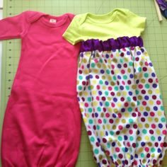 Baby Onesie into Baby Gown Tutorial Posted on March 2014 by thesewchicmommy Baby Sewing Projects, Sewing For Kids, Sewing Tutorials, Sewing Crafts, Baby Gown, Baby Nightgown, Onesies, Baby Onesie, Couture
