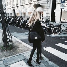 all black outfit + winter street style Outfit Invierno, All Black Outfit, Autumn Winter Fashion, Spring Fashion, Passion For Fashion, Korean Fashion, Fall Outfits, Outfit Winter, Summer Outfit