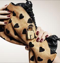 Fashion | Bag | Clutch | Burberry
