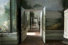 Schloss Schonbrunn. Even the edges of the doors are painted muralisticly.
