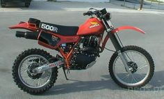 Retro Bikes, Vintage Bikes, Old Motorcycles, Dirt Biking, Dirtbikes, Garage Workshop, Motorcycle Gear, Old Skool, Scrambler