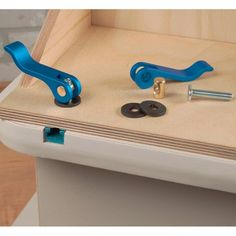 Rockler 1/4''-20 Cam Clamp for Woodworking Jigs