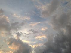 How did you guys enjoy your birthday? Pretty Sky, Beautiful Sky, Look At The Sky, Sky Sea, Sky Aesthetic, Celestial, Sky High, Aesthetic Wallpapers, Sunrise