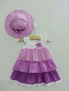 Váy đầm bé gái 3 tầng kèm mũ màu tím. Mã sản phẩm: VBG-3TT109, Chất liệu: Kate, Size: 1-8. Vinakids bán buôn quần áo trẻ em xuất khẩu, giao hàng tận nơi trên toàn quốc.