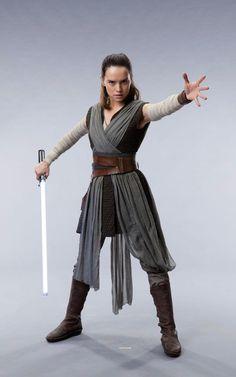 Bildergebnis für rey the last jedi costume leaked